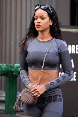 Rihannas-Da-Silvano-Alexander-Wang-for-HampM-Crop-Top-and-Leggings