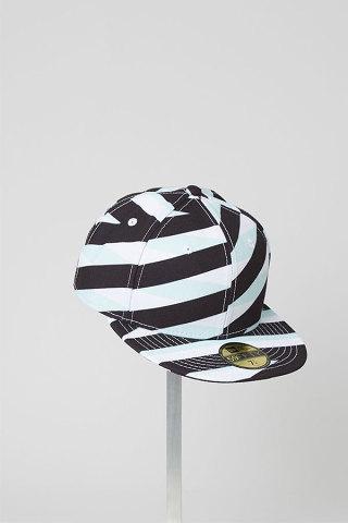 kenzo-new-era-headwear-1-320x480