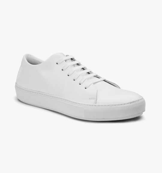 Summer-White-Sneaker-Guide-13-540x576