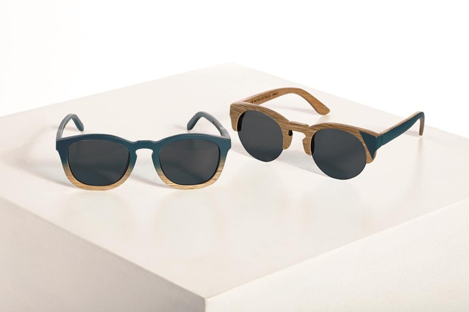 Waiting For The Sun Sunglasses Men's glasses on the left, 140 € Women's glasses on the right, 140 € Oriental oak wood frame Glasses Carl Zeiss UV 100% Protection