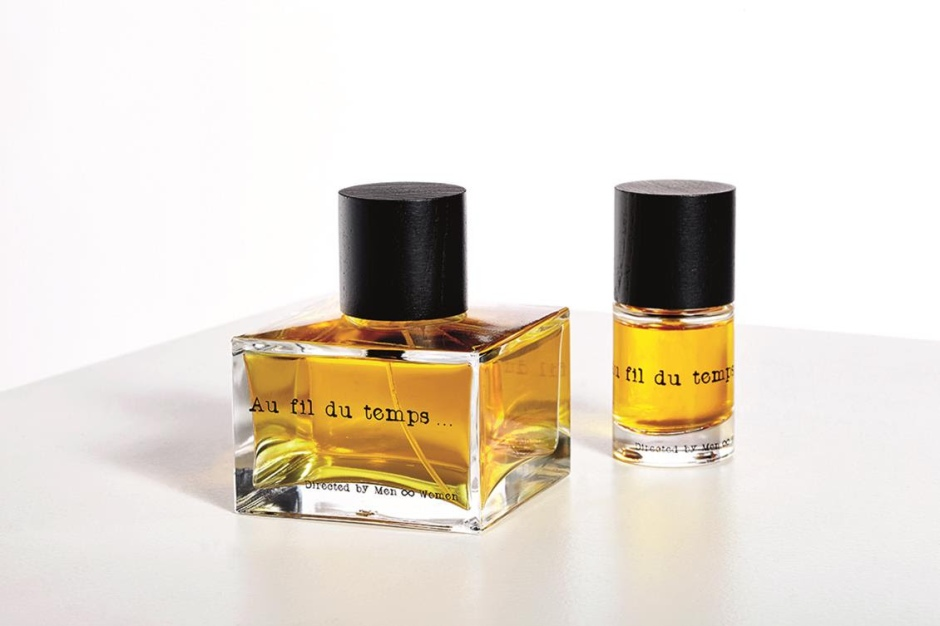 Au Fil Du Temps Unisex perfume, 155 € Packaging including 2 glass flasks: 100ml + 15ml With hints of wild jasmine, fig, benzoin, grapefruit, sandalwood, cardamom