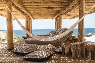 scorpios-mykonos-beach-restaurant-04